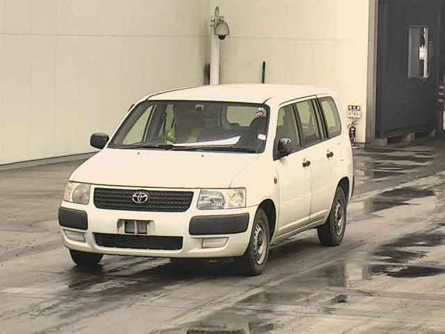 TOYOTA SUCCEED VAN